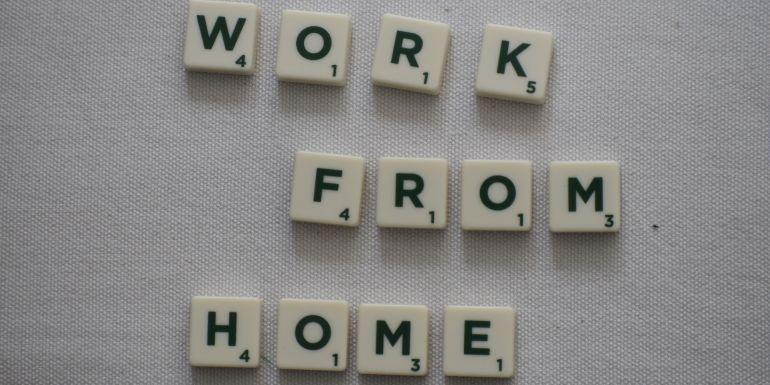 Remote Work Challenges in HR Image