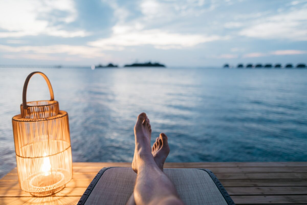 How to Stay on Track While on Vacation Image